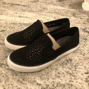 Sperry Seaside black size 6 (new I'm box)